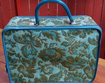 Vintage 1970's Avon Sales Samples Case in Blue Green Floral Design