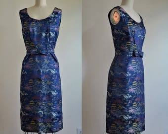 "1950s Blue Asian Brocade Hourglass Wiggle Dress Bust 36"""