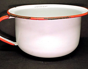 White Enamelware Chamber Pot Vintage Cottage Garden Planter Camp Accessory Pee Pot