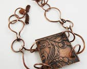 Copper medallion bracelet, copper etched bracelet with hammered copper chain and clasp.