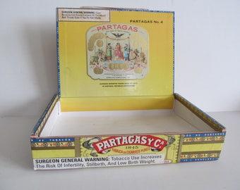 Partagas Cigar Box Wooden Cigar Box Partagasy Cigar Labels Cigar Box Tobacciana Antique Cigar Box Vintage Cigar Boxes