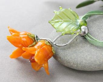 Lampwork Necklace, Lampwork Pendant, Lampwork Flower Necklace, Lampwork Flower Pentant, Flower Necklace, Flower Pendant