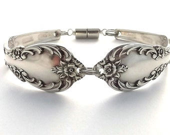 Spoon Bracelet Grand Elegance 1959 Bridesmaid Gift Bridal Jewelry Handmade Vintage Flatware Antique Silverware Art Jewelry Braclet