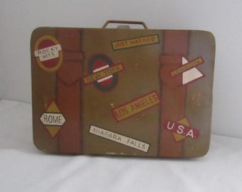 Vintage Metal Suitcase.  Travel Tin Suitcase.  Just Married, London, New York