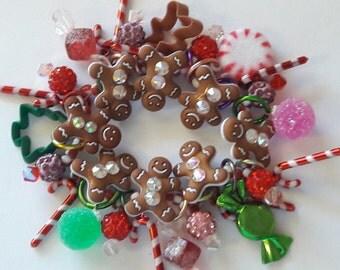 Gingerbread bracelet/ Christmas/ Candy cane/ Gingerbread/ Candy/ Holiday/ Bracelet/ Beadiebracelet
