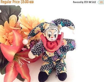 Clown Doll Miniature Jester 6 Inch Toy Circus Clown Collectible Home Decor Craft Supply Gift