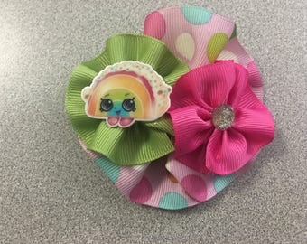 Round Hair Bow with Resin Figure