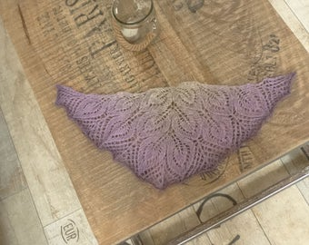knitted violet-gray lace dollfie shawl, SD/MSD, BJD by szoszonka