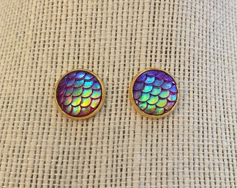 10mm Gold Metallic PurpleGreen Ombre Mermaid Skin Stud Earrings