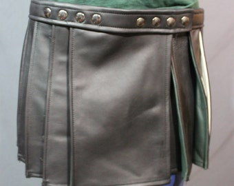 Pleated Black Leather Kilt with highlights - Short Version