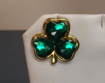 """Vintage new Green St. Patrick brooch /pin.Excellent condition.1"""" H x 1""""W .Ireland Gift idea"""