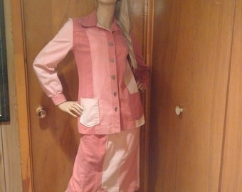 Vintage 1970's Handmade Multi Colored Pink tone 2 piece suit Size S-M