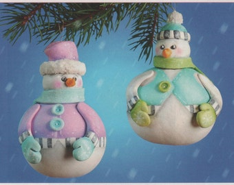 Rolly Polly Snow Couple Pattern Packet
