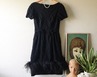 Black dress feather sleeves for girls