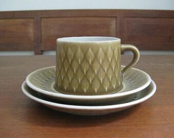 Quistgaard - RELIEF - Tea Cup / Saucer / Plate - Kronjyden - Danish Pottery - Danish Mid Century
