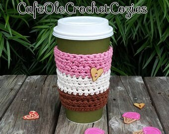 Crochet coffee cup cozy Neapolitan ice cream colors, made with 100% cotton. Crochet coffee sleeve, crochet coffee cozie
