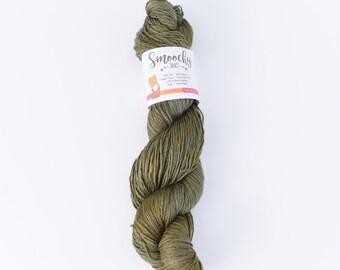 SMOOCHY SILKS - Olive