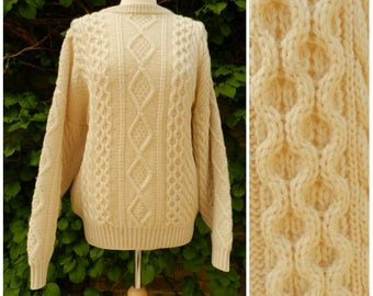 70s 80s PURE NEW WOOL cream aran cable knit cosy sweater jumper ribbed crew neck M ~ L