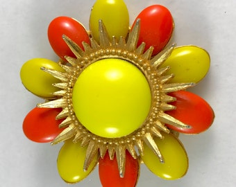 Flower Power Pin! 1970s bright yellow and orange gold-tone brooch