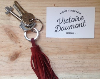 Tassel door key in Burgundy leather