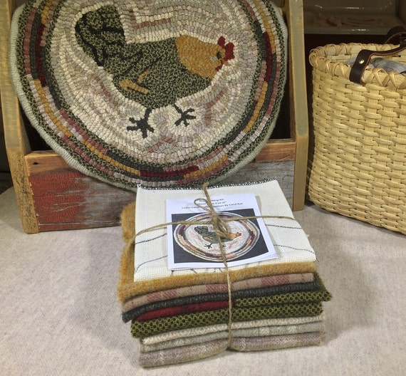 "Primtive Rug Hooking Kit for ""Hazel"" Chair Pad  14"" Round  K124"