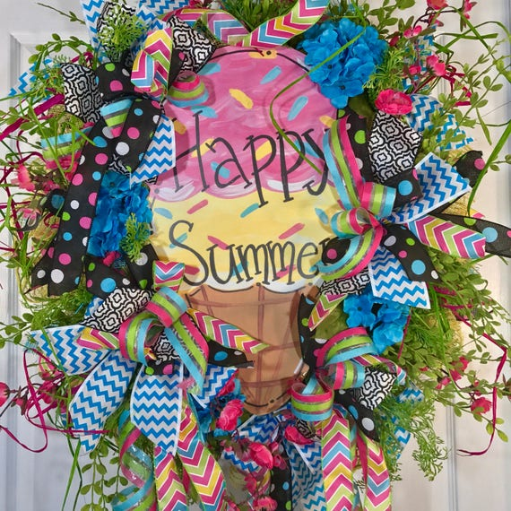 Bright and colorful ice cream mesh summer wreath for Colorful summer wreaths