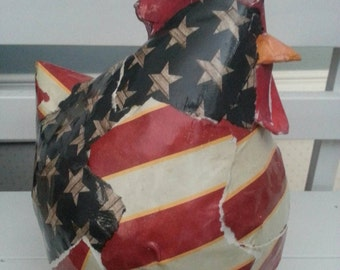 Paper mache rooster adorable ! Perfect for any look