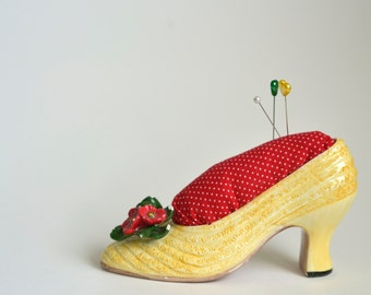 Vintage Seymour Mann high heel shoe pincushion