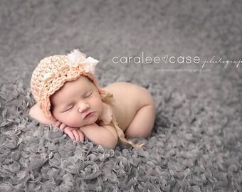 Newborn Girl Hats / Newborn Photo Prop / Crochet Baby Hats / Newborn Props / Photography Props / Crochet Baby Bonnet / Newborn Crochet Hat