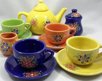 Beautiful Children's Hand Painted Tea set