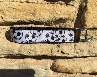 Soccer Keychain Wristlet - Girls Soccer Gifts for Girls Coach Keychain - Soccer Mom Keychain Key Fob - Wristlet Keychain Bracelet