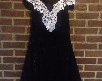 Vintage Zum Zum 80s 90s Prom Dress Black Dress with White Crochet Lace with Pearl Beading Glitter Short Party Dress Swag Sleeves