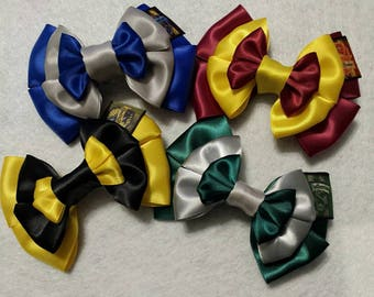 Harry Potter Hogwarts House Inspired Hair Bow. Choose your House