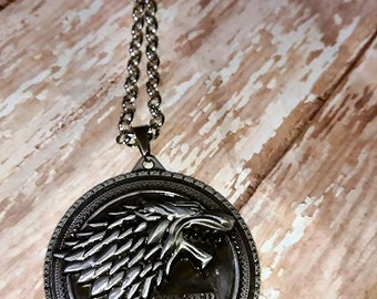Game of thrones medallion necklace
