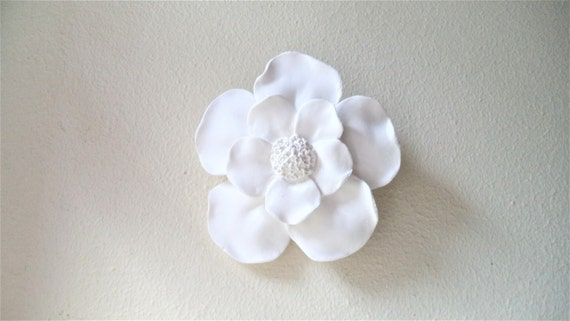 Magnolia flower wall sculpture, clustered wall flower sculptures, white modern minimalist floral decor