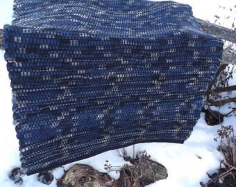 """Handwoven Wool Rag Rug  25-1/2"""" x 40"""""""