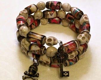Memory Wire Paper Bead Bracelet - Skulls