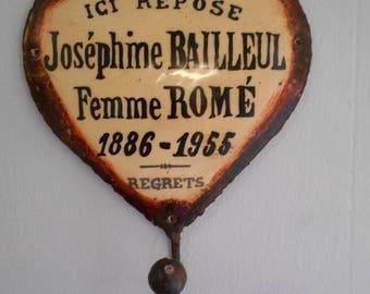 "Shabby Chic French ""Josephine"" Metal/Enamel Heart Shaped Hanging Hook"
