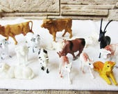 Vintage Hard Plastic Kids Toy Set of 22 Farm Animals Cows Pigs Sheep Dogs Figurine Small Toy Vintage Collectible Animal Retro Toy Pets