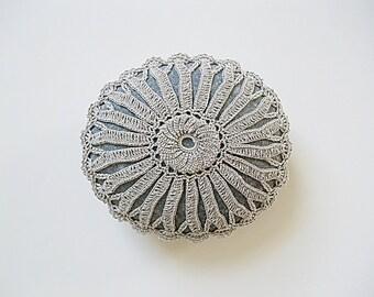 crochet / lace stone, pebble, home deco, paper weight, handmade gift, tabletop deco crochet / lace stone, pebble, home deco, paper weight