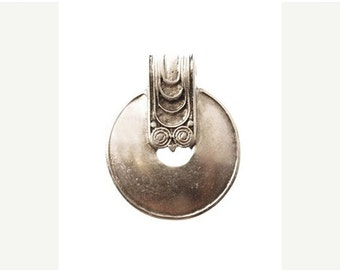On Sale NOW 25%OFF Large Greek Ethnic Decorative Pendant - Antique Silver - Z3639 Qty1