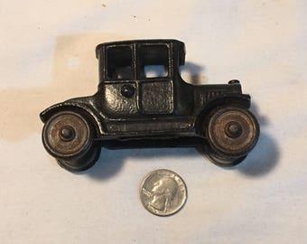 """Antique Cast Iron 4"""" Toy Car"""