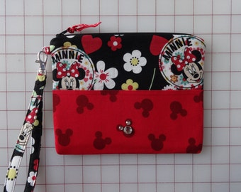 Minnie Mouse wristlet, removable strap, Disney, red, black, flowered, wristlet, zipper closure, make up bag