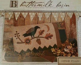 Pattern: Autumn Pillow by Buttermilk Basin