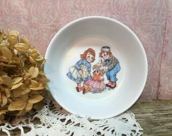Vintage Oneida Raggedy Ann Bowl/Raggedy Andy/1969/Plastic/Children's Dishes