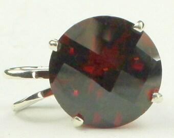 Mozambique Garnet, 925 Sterling Silver Pendant, SP089