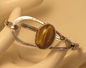Vintage sterling silver cats eye gem loop clasp stone bangle bracelet