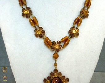 Czechoslovakian Faux Tiger Eye Necklace - Looks so good I had to test.
