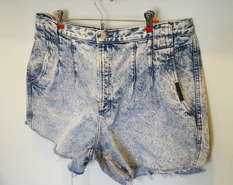 Acid Washed High Waist Plus Size Shorts Size 22