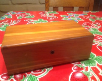 Vintage Lane hinged cedar wooden box- Torman and Sons, Illinois